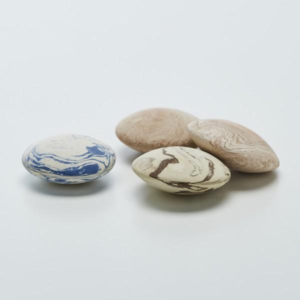 Pebble to perfume   Perfume diffuser in argil